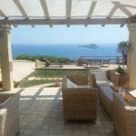 Die Rattan Lounge als Blickfang auf jeder Terrasse.