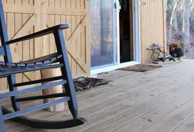 Terrassen Öl - So können Sie eine graue Terrasse verhindern