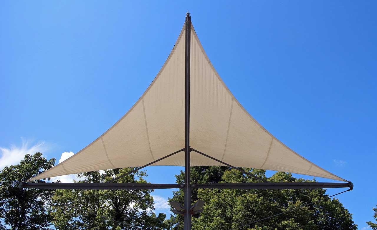 Photo of Sonnensegel befestigen – Sonnenschutz sicher anbringen