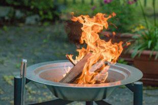 Entspannte Abende im Garten mit einem Feuerkorb